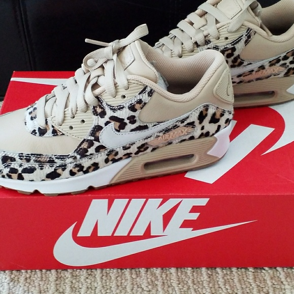 Brand New Never Used Women Nike Air Max
